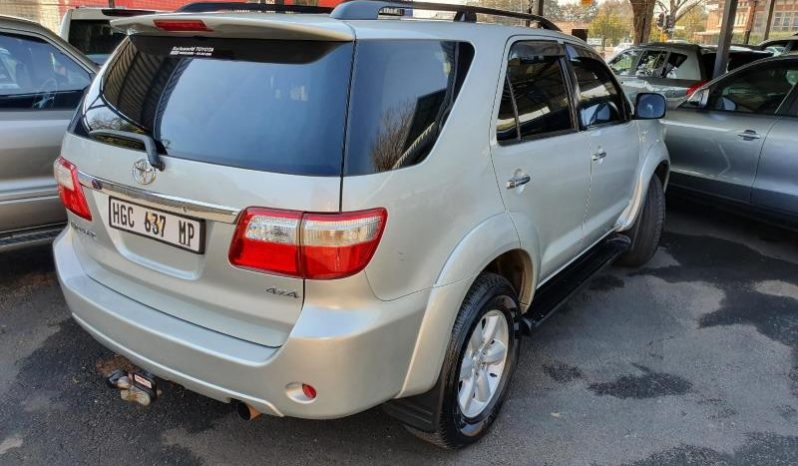 2010 Toyota Fortuner 3.0D-4D 4×4 For Sale full