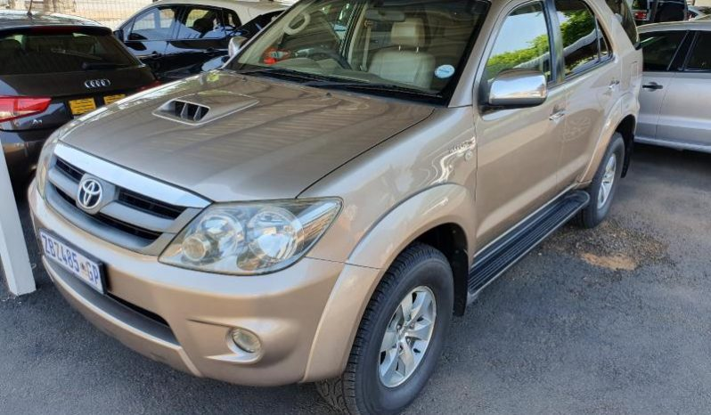 2007 Toyota Fortuner 3.0D-4D 4×4 full