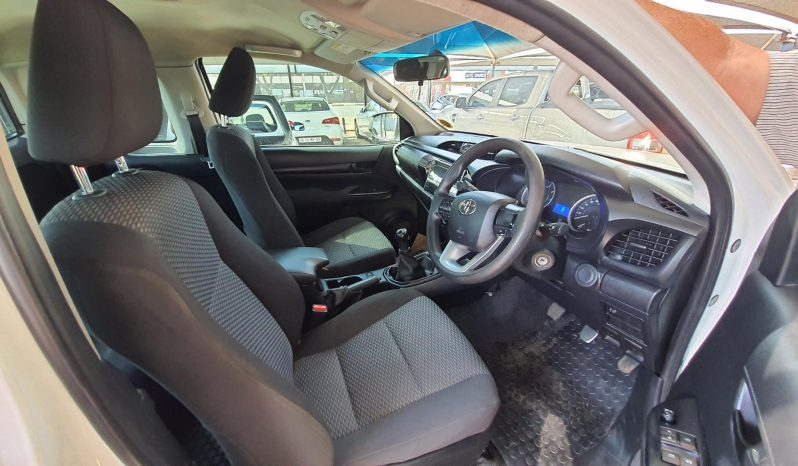 2016 Toyota Hilux 2.4GD-6 Xtra cab SRX For Sale full